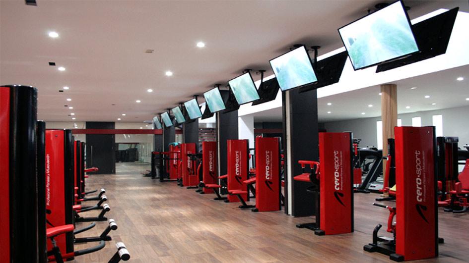 T b construcciones reformas en valencia for Gimnasio gym forma